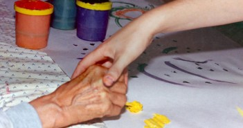 Art Therapy for Alzheimer's | Creating Art is strong alternative therapy for people who have a Alzheimer's disease