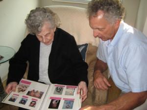 Photo reminiscence for Alzheimer's disease