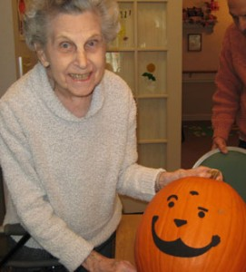 Art Therapy for Alzheimer's | Bernice and her jack-o-lantern